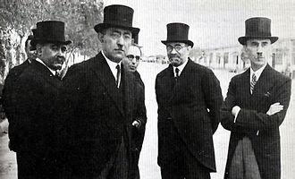 Mohammad Ali Foroughi - Foroughi with Ali Mansour, Mostafa Gholibayat, Aliakbar Davar and Mahmoud Jam.