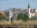 017 Casa de les Punxes (Valls), des de l'estació del ferrocarril.jpg
