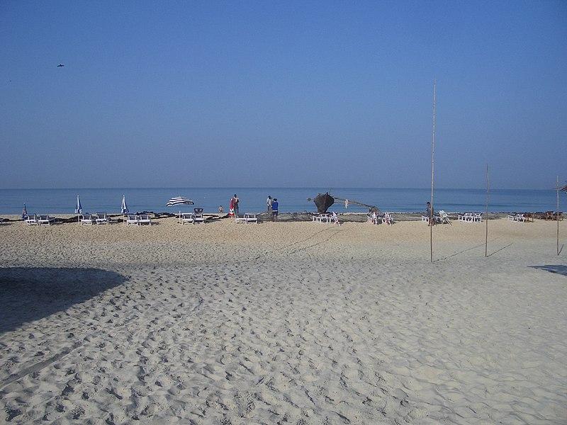 File:0482 Varca - Zalor Beach 2006-02-14 08-48-53 (10543763573).jpg