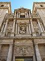 068 Sant Miquel dels Reis (València), façana de l'església, cos central.jpg