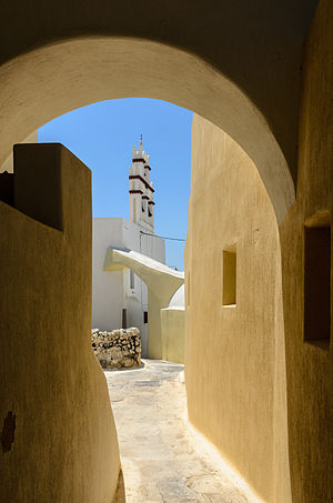 Old town of Emporeio, Santorini, Greece.