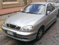 2001 Daewoo Lanos front.jpg