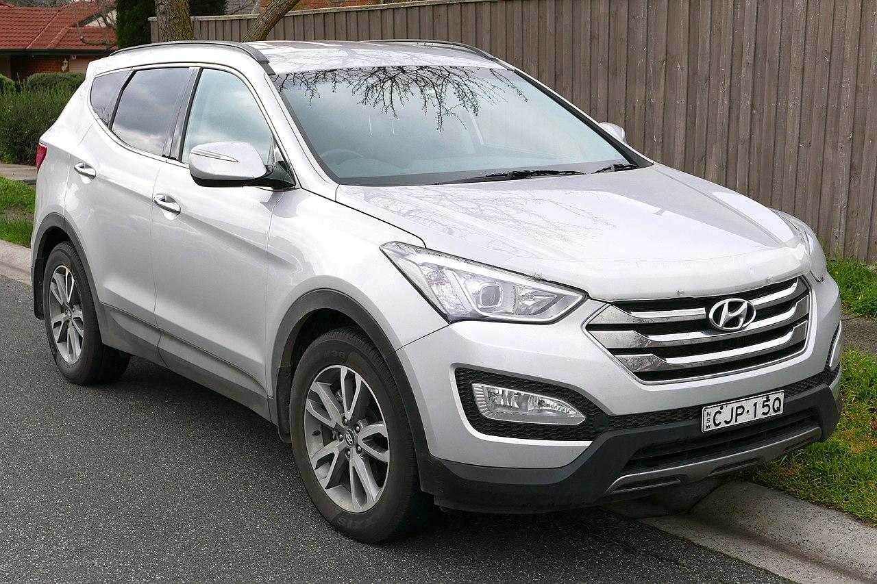 2013 Hyundai Santa Fe (DM) Elite wagon (2015-08-07).jpg