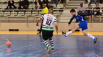 2015-02-28 16-17-41 futsal.jpg