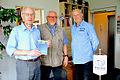 2015-07-16 im Wikikpedia-Büro Hannover, v.l. Rainer Picht, Helmut Konietzny und Claus-Peter Enders.jpg