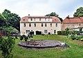 20150608125DR Großschirma Rittergut Herrenhaus.jpg