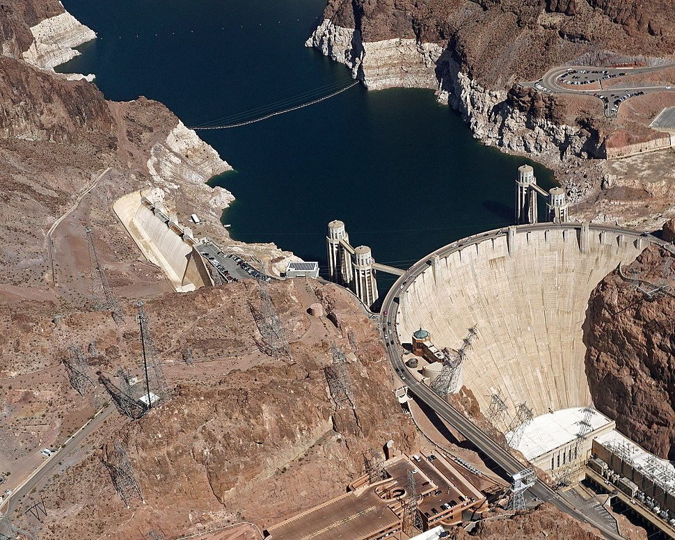 2017 Aerial view Hoover Dam 4774
