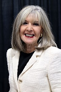 2018-us-nationalbookfestival-hank-phillippi-ryan.jpg