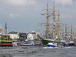 3-Master Hamburg Hafen (8729260500).jpg