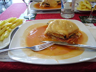 Francesinha - Francesinha with french fries