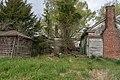 Abandoned plantation near Wakefield VA 20 (26698175707).jpg