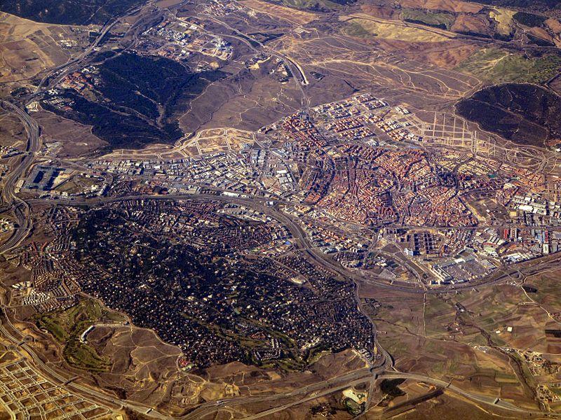 Maribel se o de reli lugares con nombres religiosos for Padel san sebastian de los reyes