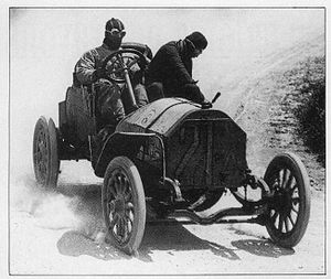 Alessandro Cagno - Cagno driving Itala no. 21A at the 1907 Targa Florio.