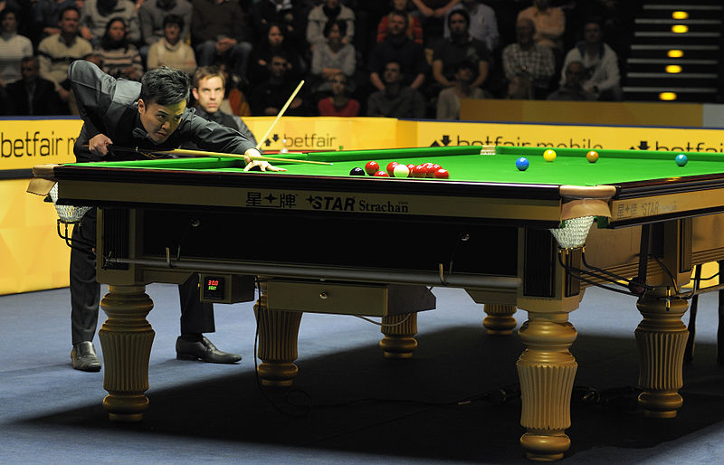 File:Ali Carter and Marco Fu at Snooker German Masters (DerHexer) 2013-02-03 03.jpg