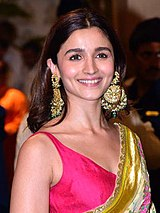 Alia Bhatt at Mukesh Ambani's residence for Ganesh Chaturthi celebration (20) (cropped).jpg