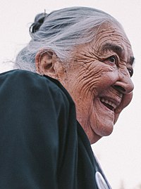 Ana González de Recabarren (cropped).jpg