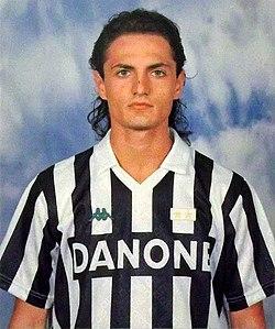 Andrea Fortunato, Juventus 1993-94.jpg
