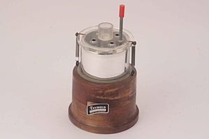 Apparecchio per determinare l'equivalente elettrico del calore - Museo scienza tecnologia Milano 13457
