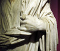 Arte romana, statua di sacerdote, II sec, da efeso, 04.JPG