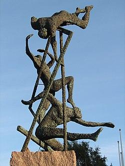 Athletics WM sculpture in Gbg.jpg