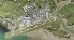 Auckland International Airport 2017 aerial.png