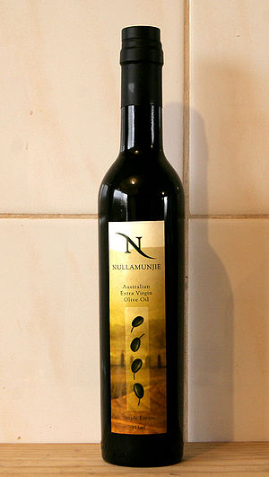 Aust Olive oil
