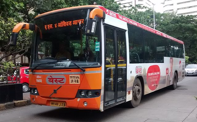 A BEST Volvo on Route AS-4 from Backbay Depot to Oshiwara Depot.