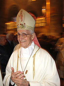BISHOP staffieri emeritus la spezia 2014.jpg