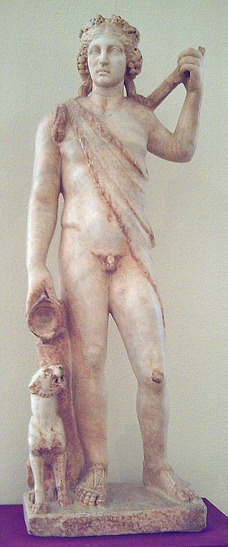 History of Sherry - Roman statue of the god Bacchus crowned with grapes found in Spain.