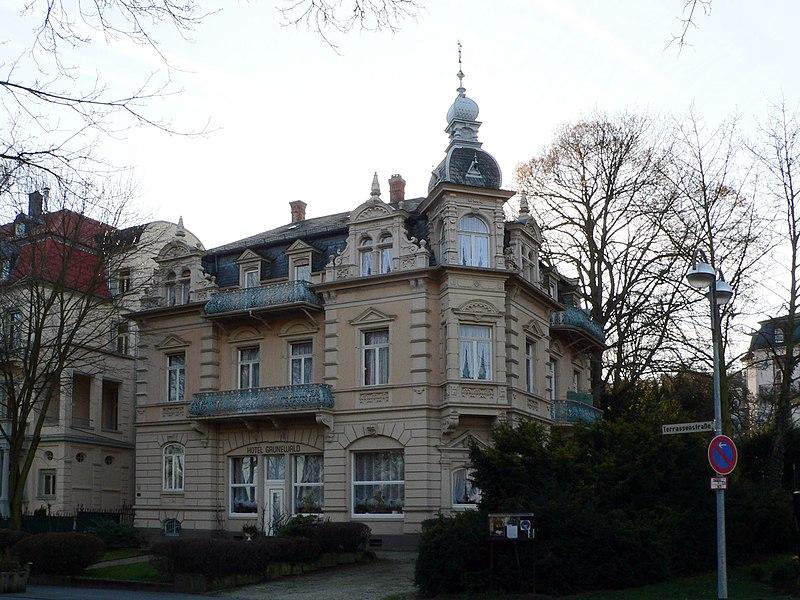 File:Bad Nauheim Villa Grunewald.jpg