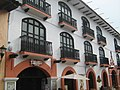 Balcones en calle Real de Guadalupe, San Cristobal de las Casas. - panoramio.jpg