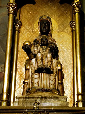 Статуя Девы Марии из монастыря Монсерат, почитаемая чудотворной