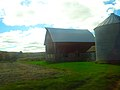 Barn and a Grain Bin - panoramio.jpg