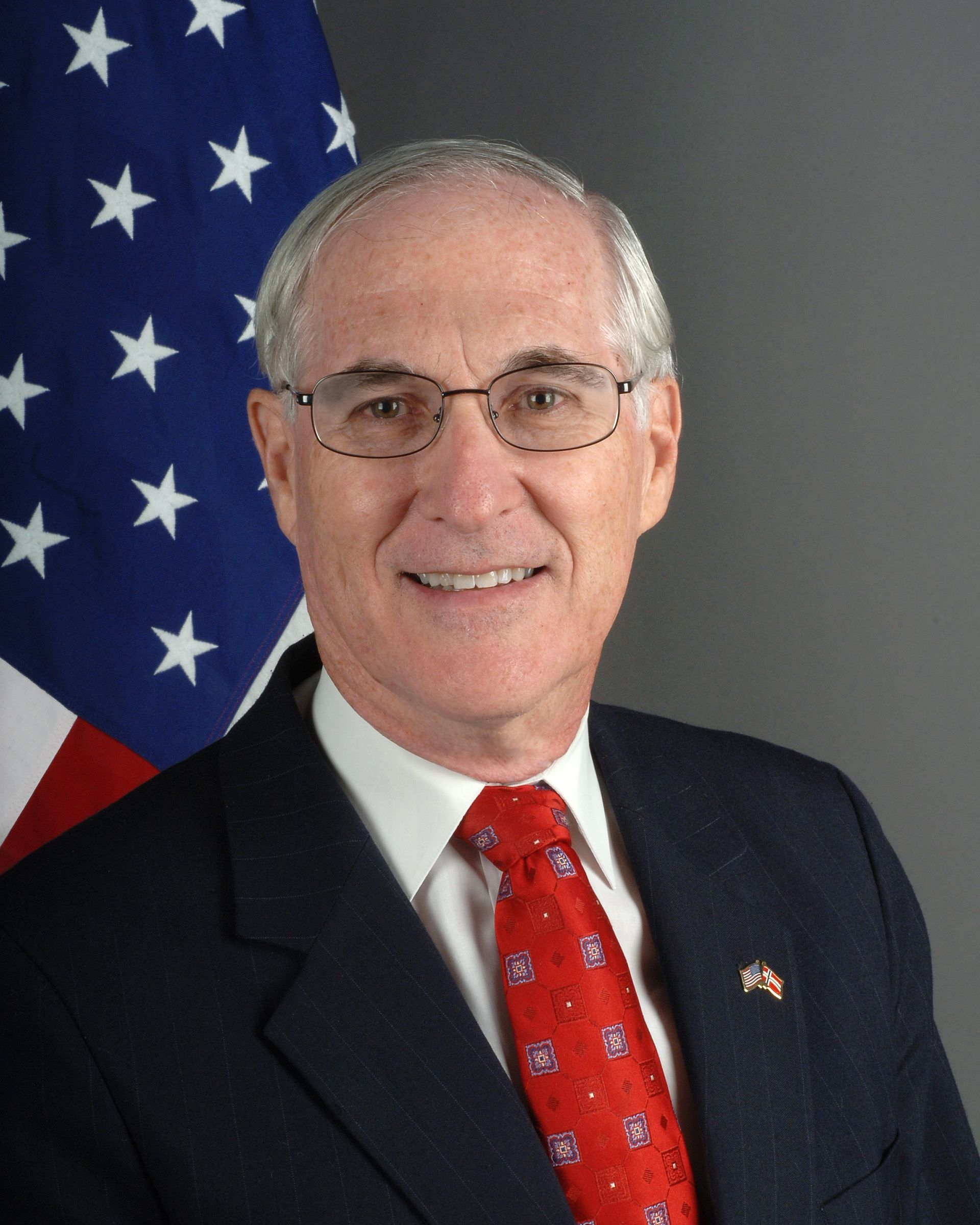 Barry B. White - Wikipedia