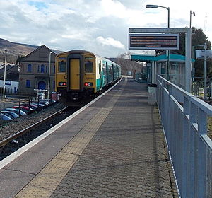 Aberdare railway station - A Class 150 at Aberdare