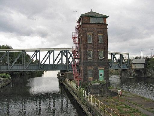 BartonSwingAquaduct
