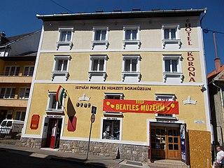 Egri Road Beatles Múzeum biographical museum in Csiky Sándor utca , Eger