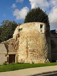 Beauvais (60), remparts gallo-romains, rue Philippe de Dreux 3.jpg