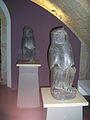 Benevento, Tempio di Iside - statue di Thot.jpg