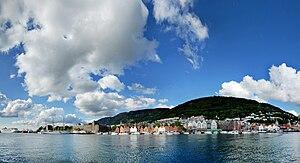 Bryggen - Image: Bergen bryggen panorama