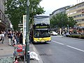 Berlin, Charlottenburg-Willmersdorf, dvoupatrový autobus.jpg