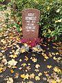 Berlin Friedrichsfelde Zentralfriedhof, Pergolenweg - Hennecke 2.jpg