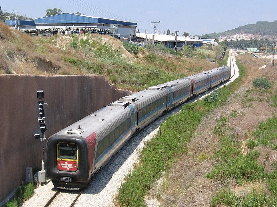 Bet-Shemesh-Jr-rail
