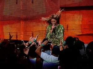 "Why Don't You Love Me (Beyoncé song) - Beyoncé performing ""Why Don't You Love Me"" on her Mrs. Carter Show World Tour, 2013"