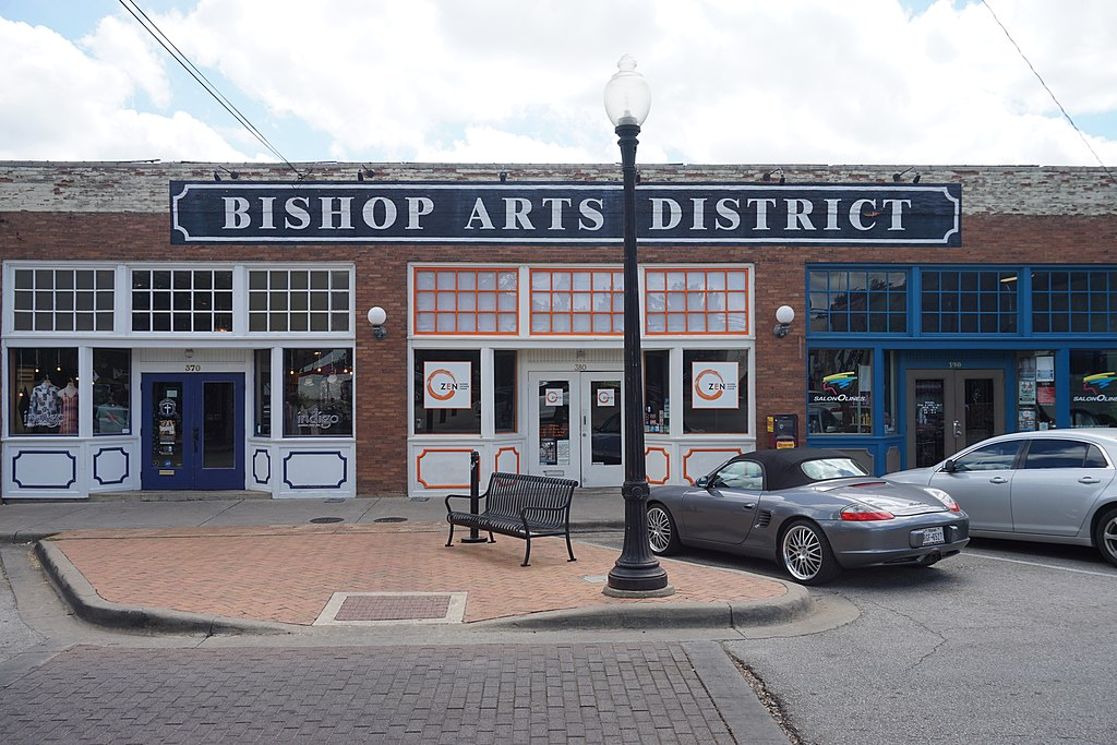 front facade of buildings in the bishop arts district, a popular place for dallas sightseeing