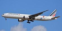 Boeing 777-300 (ER) F-GSQI - Air France.jpg