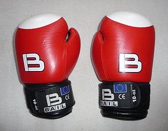 Boxing glove - Image: Boxing gloves Bail 10 OZ (1)