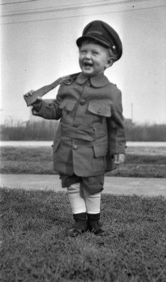 Toy weapon - Boy with toy gun