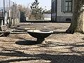 Brunnen Schulhaus Wollishofen.jpg