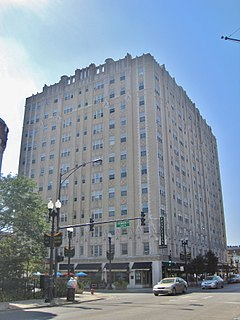 Bryn Mawr Avenue Apartment Hotel (10118453744).jpg